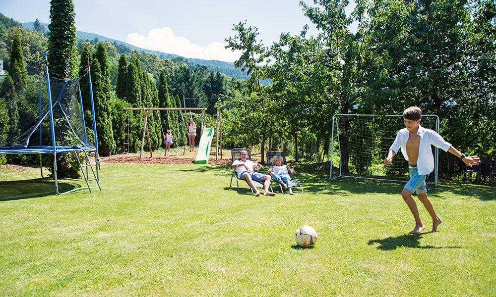 gartenhof-brixen-spielplatz